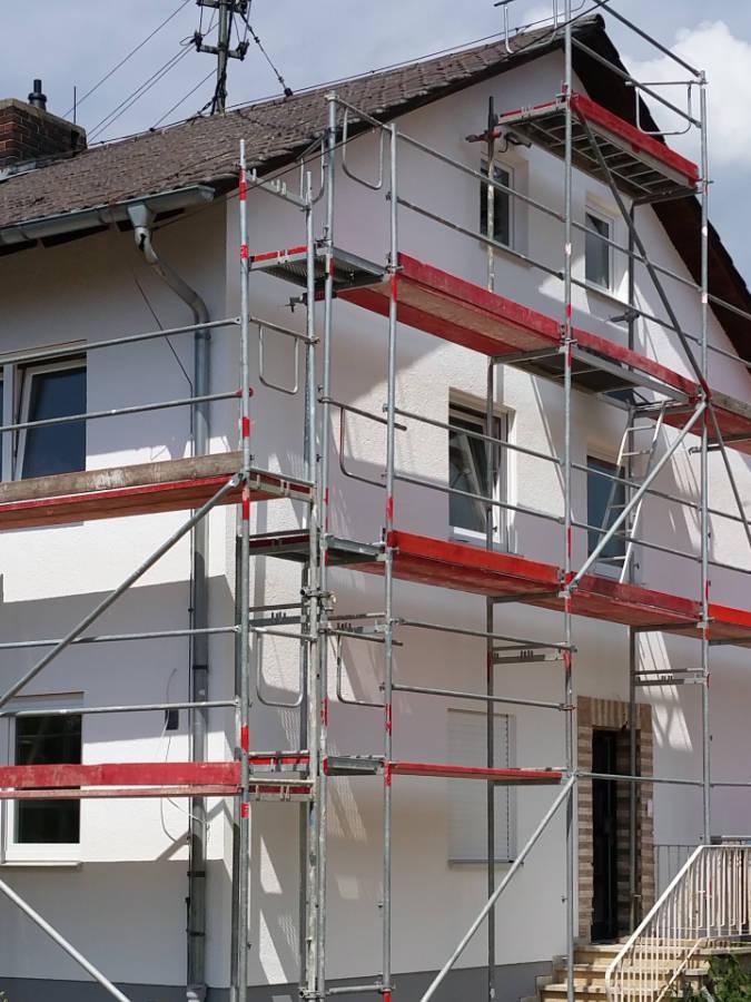 Malerarbeiten Fassadenarbeiten: Renovierung, Modernisierung, Sanierung München - Haus, Wohnung, Büro, Gewerbe