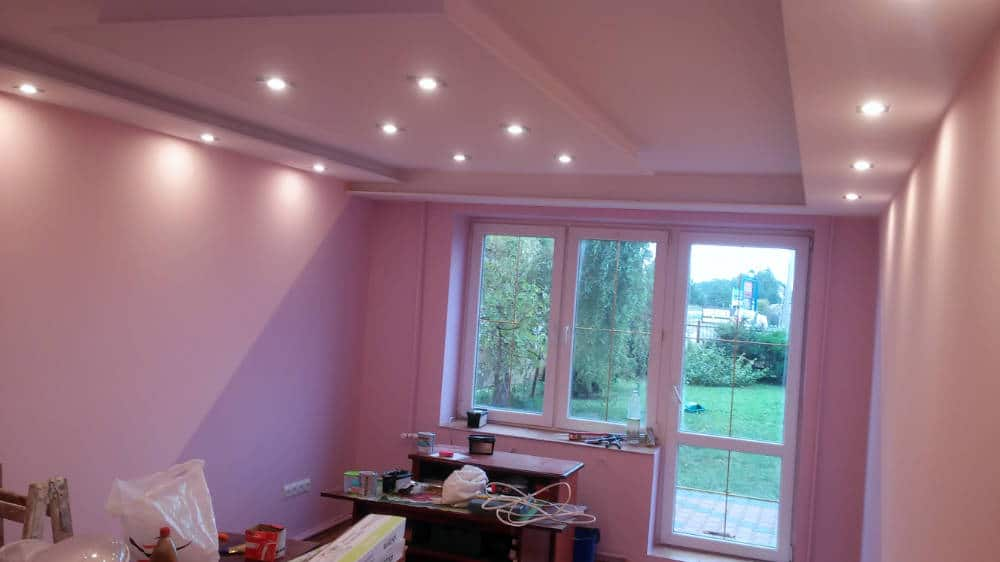 Malerarbeiten, Streichen: Renovierung, Modernisierung, Sanierung München - Haus, Wohnung, Büro, Gewerbe